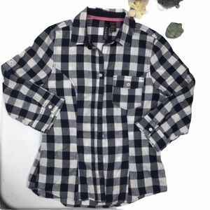 3/$25 BLUE CHECKERED BUTTON DOWN TOP